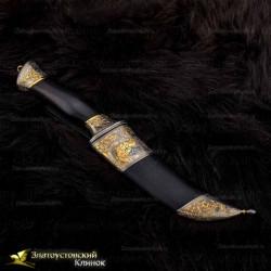 Нож Клык. Рукоять - граб. Сталь ЭИ-107 с золочением. Гравировка - Дух шамана