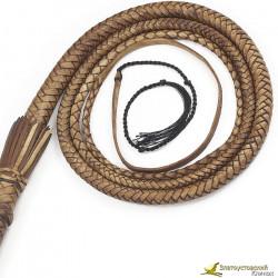 Кнут  3м - коричневого цвета