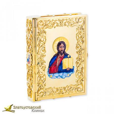 Библия в украшенном окладе